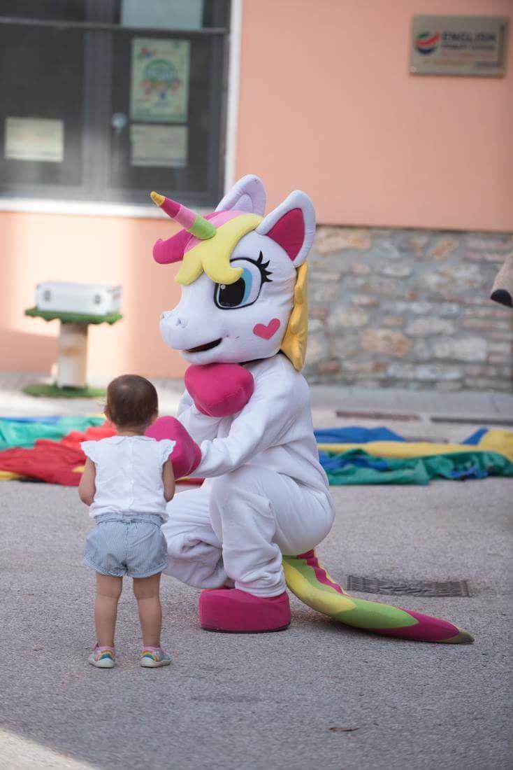 Mascotte Gigante Unicorno - MonteFantasy Animation